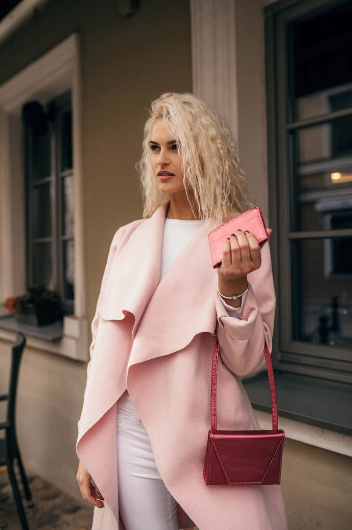 Casey Pink Inception&Wallet